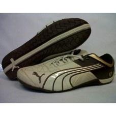 Sepatu Puma Ferrary ini dirancang terinspirasi dari mobil ferrary yang menitikberakan pada kesempurnaan sistem ergonomi desain untuk penggunanya dan dibagian dalam sepatu didesain untuk agar dapat me