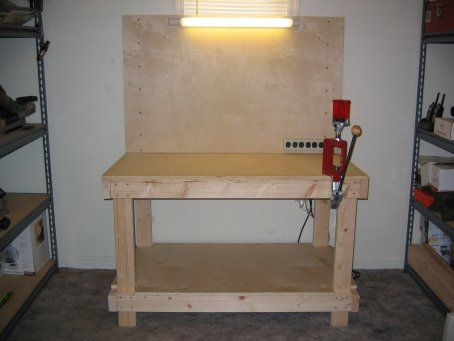 DIY Ammunition Reloading Bench