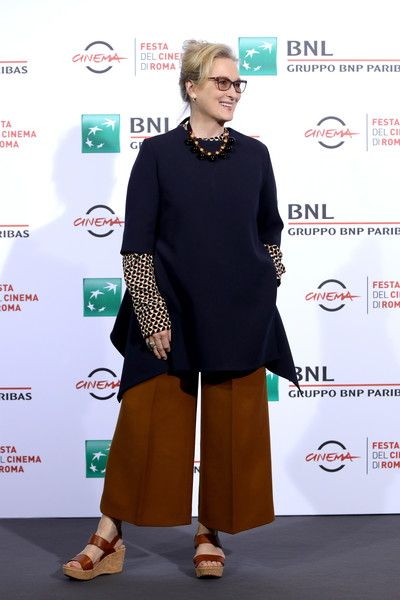 Meryl Streep Photos Photos - Meryl Streep attends a photocall for 'Florence Foster Jenkins' during the 11th Rome Film Festival at Auditorium Parco Della Musica on October 20, 2016 in Rome, Italy. - 'Florence Foster Jenkins' Photocall - 11th Rome Film Festival
