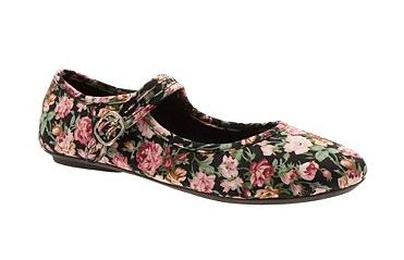 "Shoes for less than £10 in the Debenhams sale Black floral print bar casual shoes.. Reduced from £15 to £9. I must admit that when I saw these, my first thought was: ""OOOH, wouldn' they look nice with leggings?"" While I am (fairly) heavily pregnant, my sartorial world revolves around flat shoes and leggings. MAKE IT STOP.  Read more: http://www.miss-thrifty.co.uk/2011/10/11/shoes-for-less-than-10-in-the-debenhams-sale/#ixzz2X5ahEzqv"