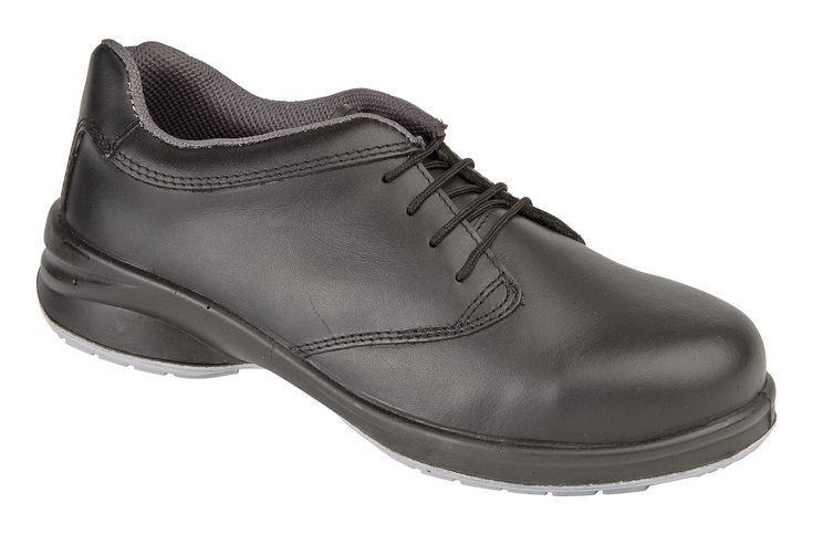 2214: This is the 'Star Lace Shoe' similar to the 2212/2213 but with 4-eye lace ups.  Available in the same sizes (3 - 9) and with an RRP of just £34.95