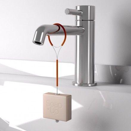 SoapUp® arancio applicato al rubinetto - SoapUp®