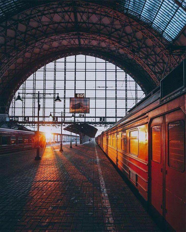 поезд на станции картинки представленных ниже моделей