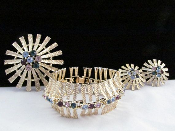 Vintage  Emmons Three Piece Ornate Gold by vintagejewelrycloset