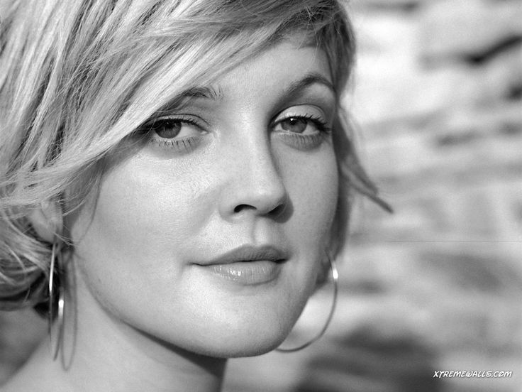 Actress Drew Barrymore, born 1975, daughter of actor John Drew Barrymore