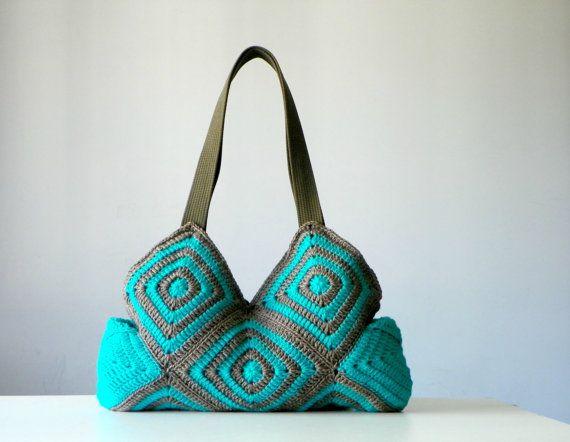 Crochet handbag, fall autumn fashion, Stripet granny square crochet Bag, New Four Season Crochet bag - Shoulder Bag, christmas gift idea
