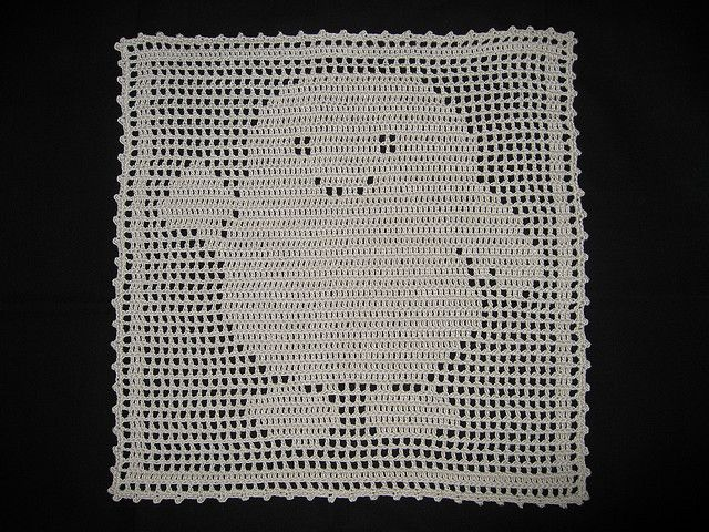 Free Knitting Patterns For Toys And Dolls : 92 best images about Filet Crochet on Pinterest Game of thrones martell, Pe...