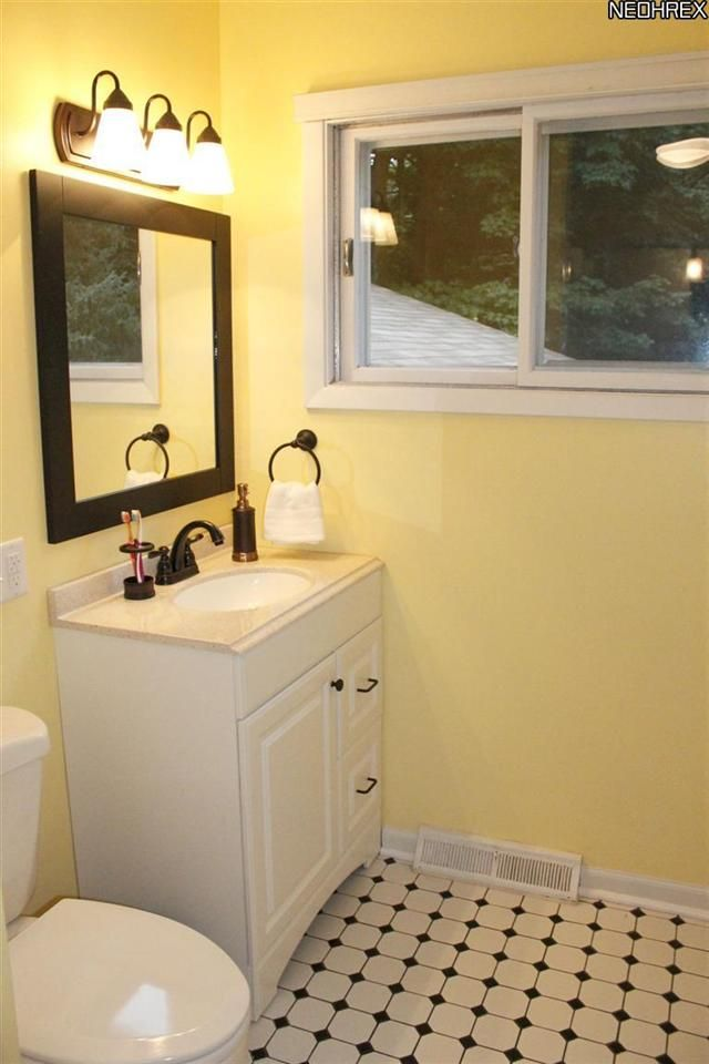 yellow and black bathroom 144 projects pinterest