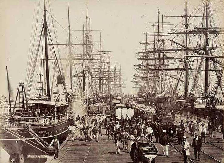 Hobson's Bay Pier in Melbourne,Victoria in 1878.