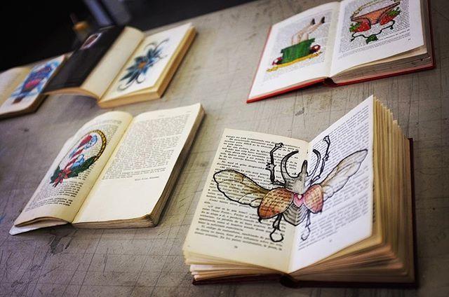 Muestra final del curso de verano 2017... taller de tatuaje- Está diseñado para que el alumno aprenda y desarrolle buenos hábitos de trabajo y posteriormente decida seguir o NO con su formación profesional en un estudio de tatuajes. Que se necesita para ser tatuador ? Solo mayores de 18 años.@enpeg_esmeralda enpeg_esmeralda lab_tatuajes #tatuaje #tatuajes #tatuajemexicano #art #arte #enpeg @enpeg_esmeralda https://www.facebook.com/LaEsmeraldaENPEG/posts/1695646170462809:0taller de tatuaje…