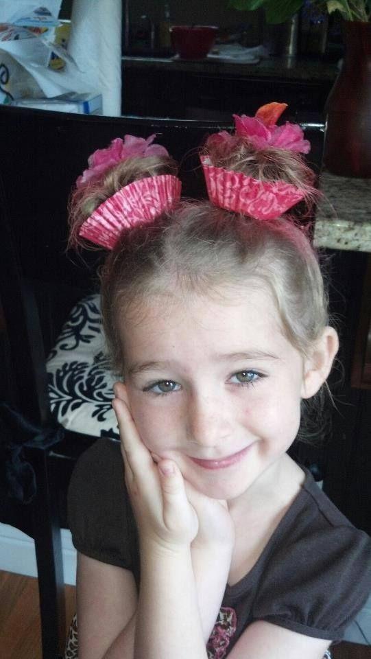 Hair style ; cupcake hair for girls