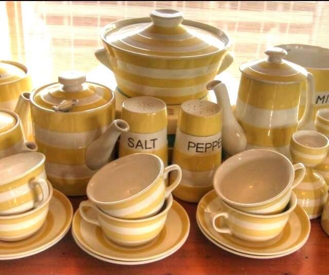 Yellow Cornishware Treasures. JO era and earlier green shield items,