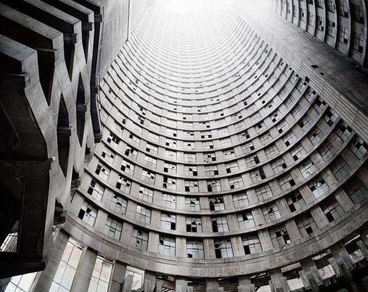 Ein 173 Meter hohes Stück Geschichte: Der Ponte Tower umfasst 470 Apartments auf 54 Etagen.