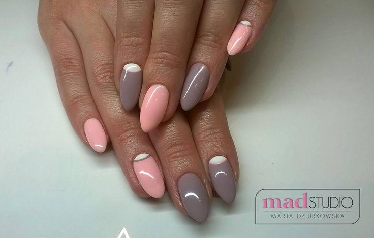 #moonManicure w pastelowej odsłonie!  SPN UV LaQ 511 Nude, 615 Honey #Nails by MAD Studio Marta Dziurkowska, #SPNNails #spn #paznokcie #spnlove #welovenails #insporacje #inspirations #pastelove