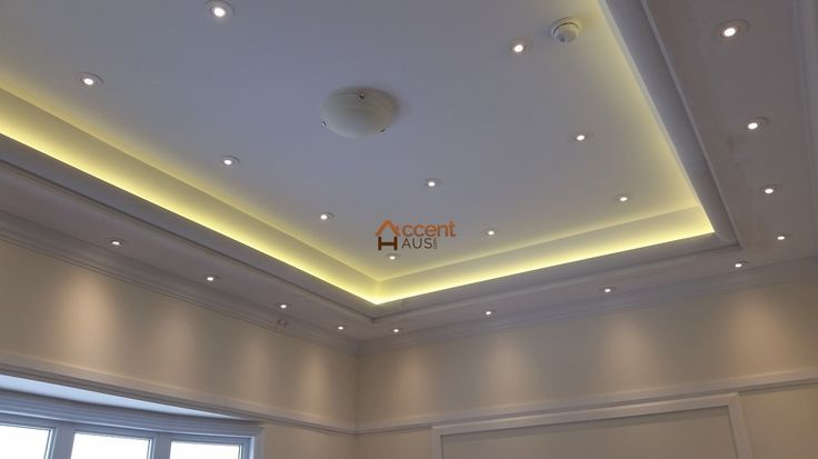 Modern Light Cove Ceiling in Family Room in a House Etobicoke