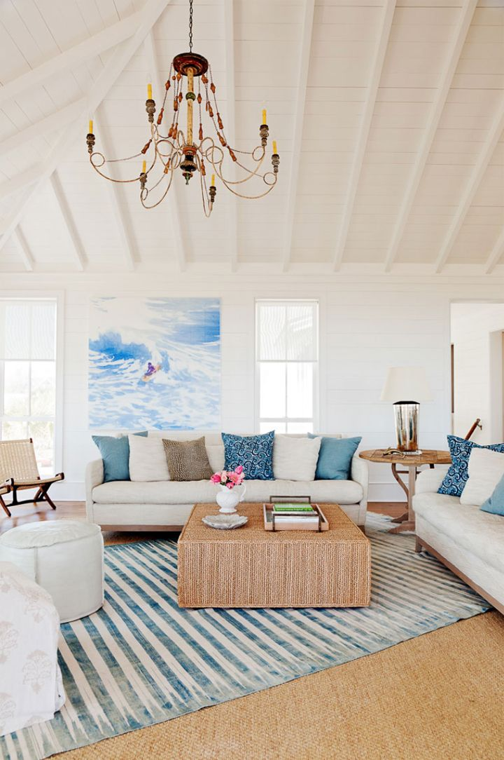 neutral coastal living room with pops of blue