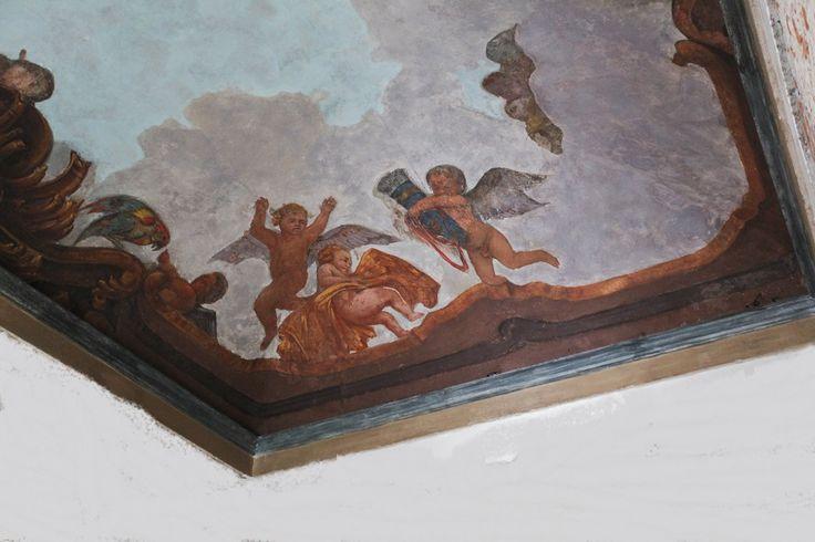 -- Via Cusani 5, Milano: Palazzo Cagnola -- I soffitti affrescati del Palazzo, veri tesori artistici