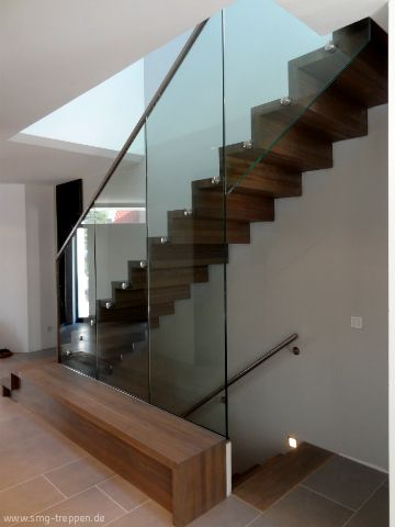 #Inspirations #Treppen #Stairs #Escaleras #Holztreppen #Glas #Art #Design made by #smgtreppen www.smg-treppen.de SMG - Treppen - Holztreppen, Escalera, #smgtreppen #stahltreppen #holztreppe #Architektur #Interior #treppenhaus #designtreppe #thatscool