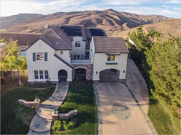 $1,399,900 - Simi Valley, CA Home For Sale - 5719 Cherokee Circle --> http://emailflyers.net/36419