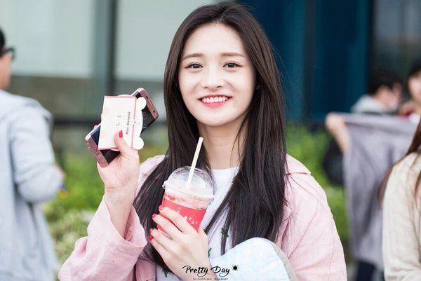 Pinky! #I.O.I #ZhouJieqiong