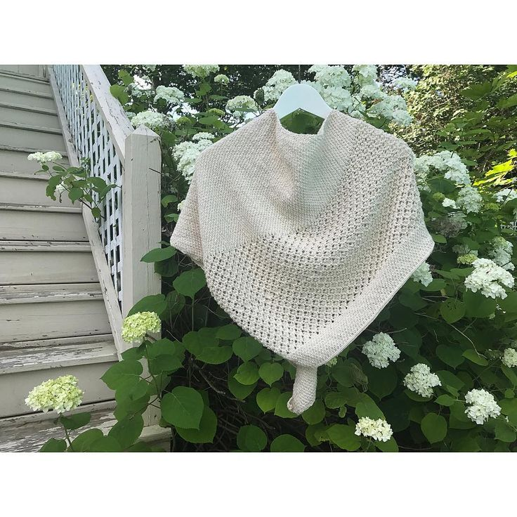 "107 Likes, 7 Comments - Jenna Lee Ashburn (@jennaashburn) on Instagram: ""A peek at my first completed #SummerOfBasics piece. I chose this @mairlynd Sunwalker shawl, because…"""