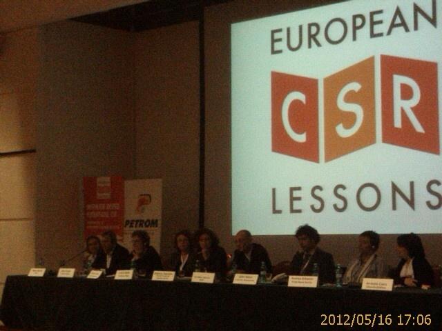 Ziua 2 - Experienta dlui Corneliu Cojocaru - BCR se face simtita in panelul de discutii