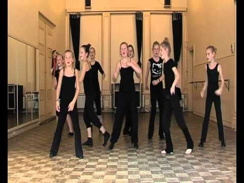 Zit m'n mijter recht... Sinterklaasdans - YouTube