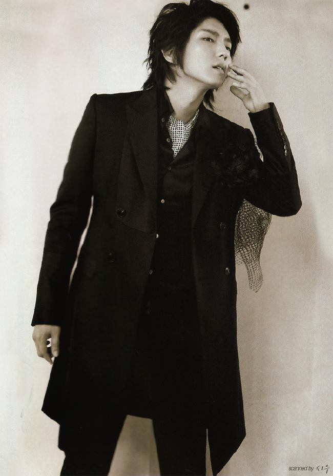 Lee Joongi (이준기)