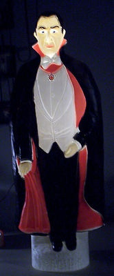 Vintage Halloween Blow Mold ~ Vampire / Count Dracula