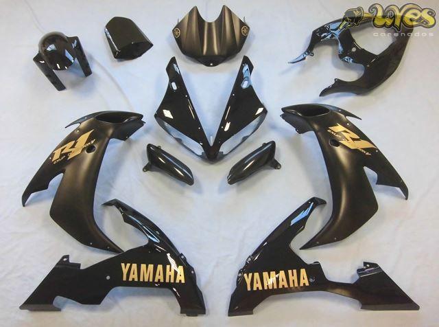 #Yamaha R1 2004-2006   #Carenados de Calle y Circuito Uves