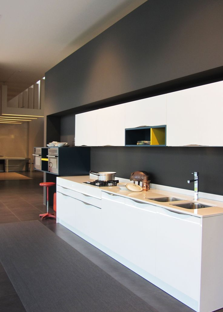 Show room Arredo3 interior design: #Tablinointeriordesign #Tablino #kitchen