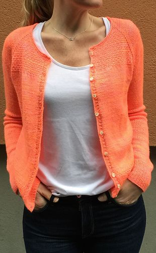 Dexter knit cardigan pattern by Isabell Kraemer on Ravelry