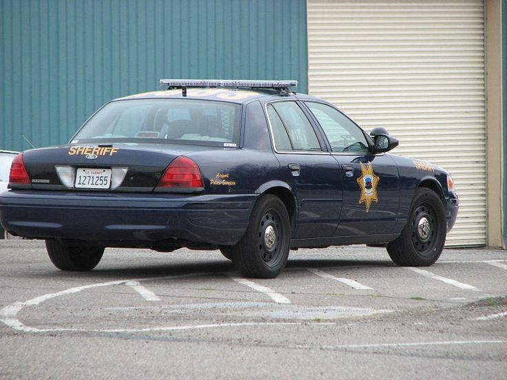 File:Alameda County Sheriff (Airport Police Unit) Ford Crown Victoria - Flickr - Highway Patrol Images.jpg