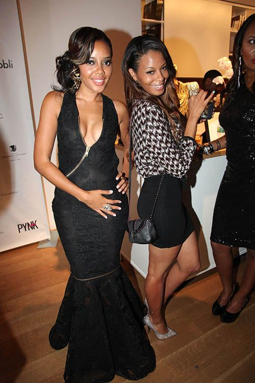 Angela Simmons Celebrates Her 25th Birthday With Her Mom, Sis Vanessa, Tamar Braxton, Tika Sumpter & More | The Young, Black, and Fabulous