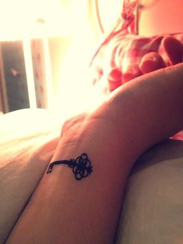 small key tattoo #ink #girly #tattoos #YouQueen