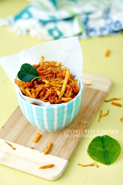 Kering Kentang Recipe (Indonesian Dried Potatoes) ~~~~ Indonesian Potato Chips
