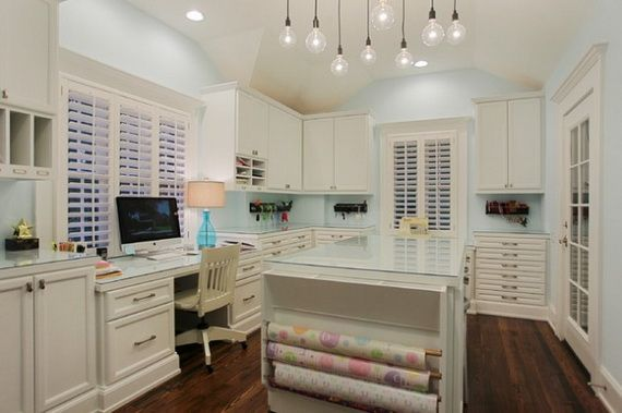 50Amazing and Practical Craft Room Design Ideas and Inspirations_01
