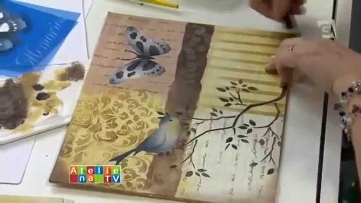 A artista Mayumi Takushi inova a técnica de pintura com stencil, absolutamente lindos seus trabalhos
