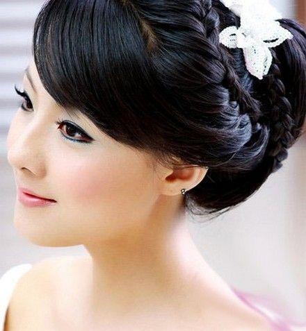 Pretty Wedding Hairstyle 2013 02