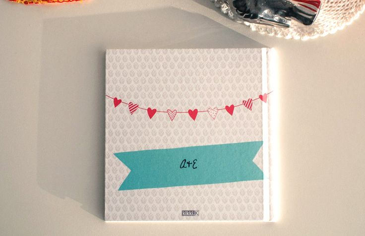 Emma created this beautiful keepsake to celebrate her wedding to Aiden. She sent us images of her charmingwedding photobook and we love the result! View all the images online here: http://create.kikki-k.com/blog/featured-project-aiden-loves-emma-wedding-photobook#