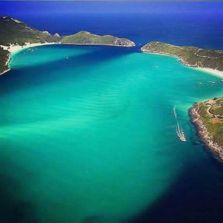 Arraial do Cabo, município paradisíaco na chamada Região dos Lagos, litoral norte do estado do Rio de Janeiro — na Região Sudeste do Brasil.