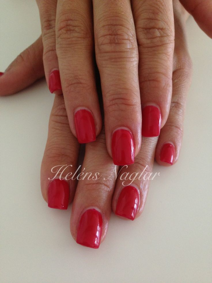 Red Scarlet gelpolish !