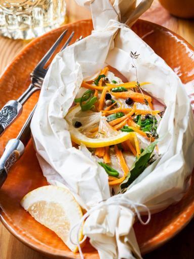 moutarde, poivre, échalote, poireau, citron vert, beurre, ail, navet, persil, sel, vin blanc, carotte, cabillaud