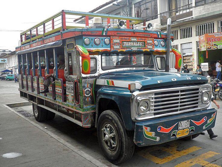 "SANTA ROSA DE CABAL, COLOMBIA - bus ""Chiva""/ САНТА-РОЗА-ДЕ-КАБАЛЬ, КОЛУМБИЯ - автобус ""Чива"""