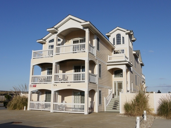 Beach house rental - Outer Banks Rental : KD1 - Just Peachy