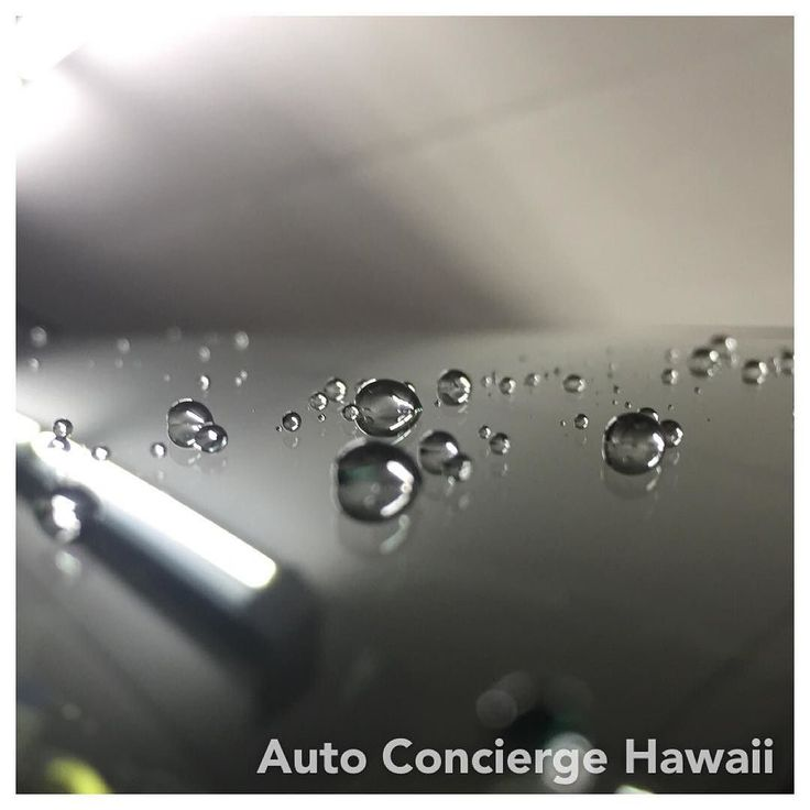 Water beads after our Ultimate Nano Coating for glass surfaces....#autodetailinghawaii #bmw #bmwhonolulu #bmwofhawaii #x1 #honolulu #cars