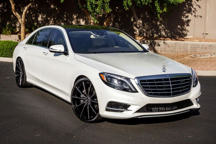 Lexani Wheels, the leader in custom luxury wheels.  Custom CSS-10 on the 2014 Mercedes S550.