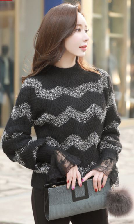 StyleOnme_Metallic Zig-Zag Patterned Knit Sweater #black #zigzag #sweater #koreanfashion #kstyle #kfashion #dailylook #wintertrend