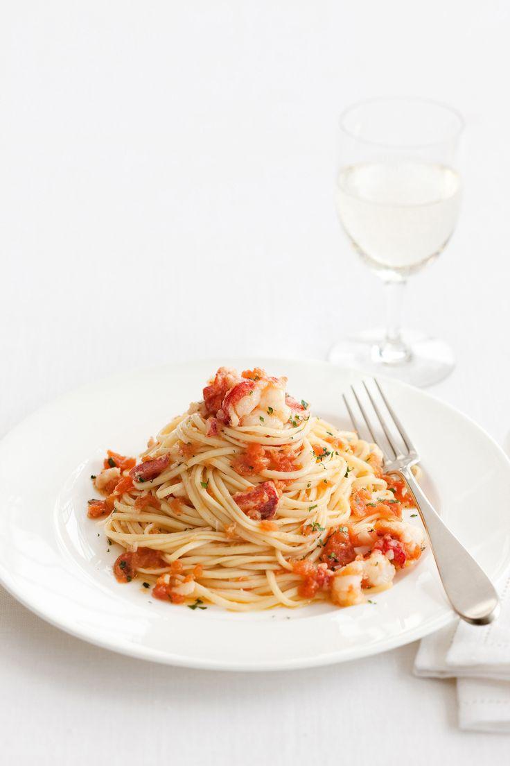 Tante idee originali per ricette di primi piatti a base di pesce. Scopri con Sale&Pepe quale è più adatta alla tua tavola.