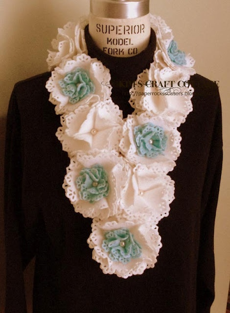 Lovely felt flower scarf. Found some great tutorials for cutting felt on a Cricut to hopefully create this.  http://paperrocksscissors.blogspot.com/2012/02/felt-flower-scarf.html